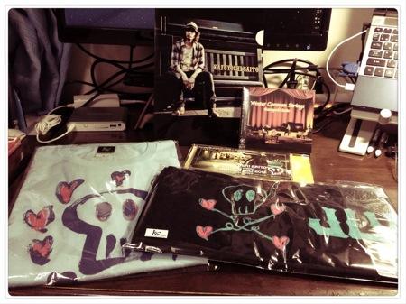 斉藤和義の弾き語りライブ「十二月~2012」で買ってきたグッズを紹介!