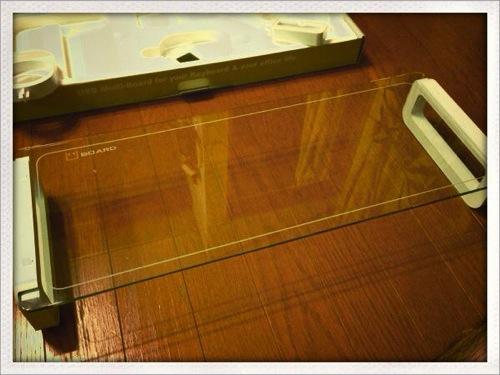 これはめっちゃいいね! ディスプレイ用の台にU-BOARDを買ったけど、オサレで素敵!