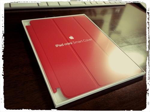 スタンドにできるのがやっぱり便利! iPad mini用スマートカバーの開封&レビュー