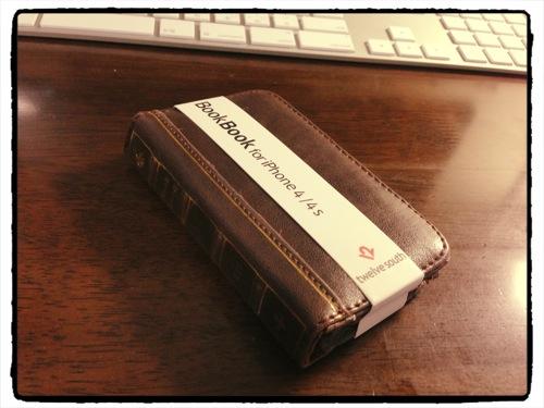 [ネタ] いまさらBookBook for iPhone4/4Sを購入しました! これはなかなか素敵!