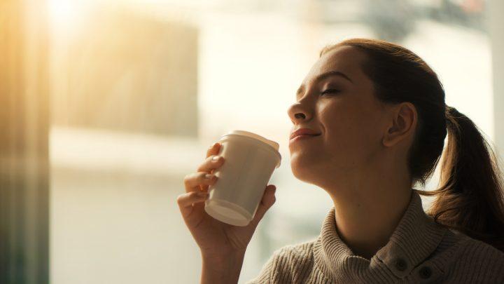 [S]なぜ朝型人間のほうが幸福なのか? 素敵な一日を過ごすために知っておくべきこと